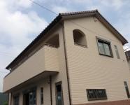 四国中央市で明るい家の外観写真