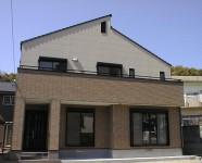 四国中央市で二世帯住宅の外観写真