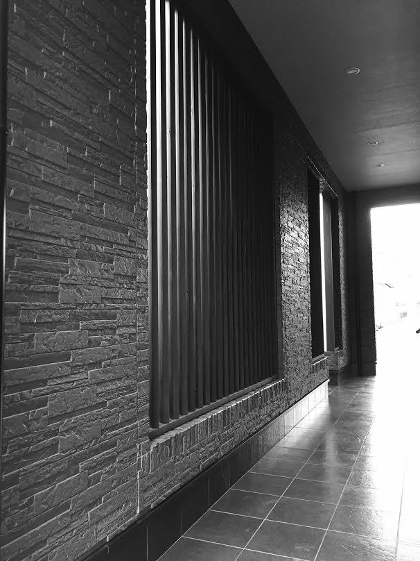 四国中央市で一軒家のリフォームした玄関写真