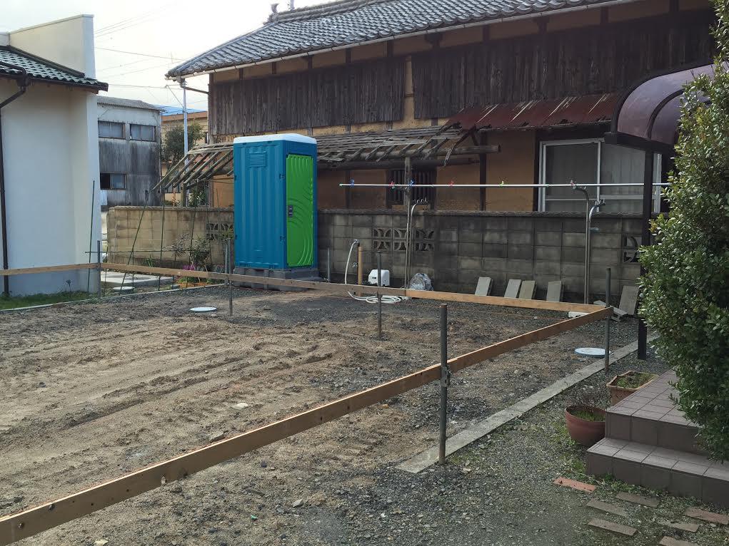 四国中央市で自然素材の家の現場の写真