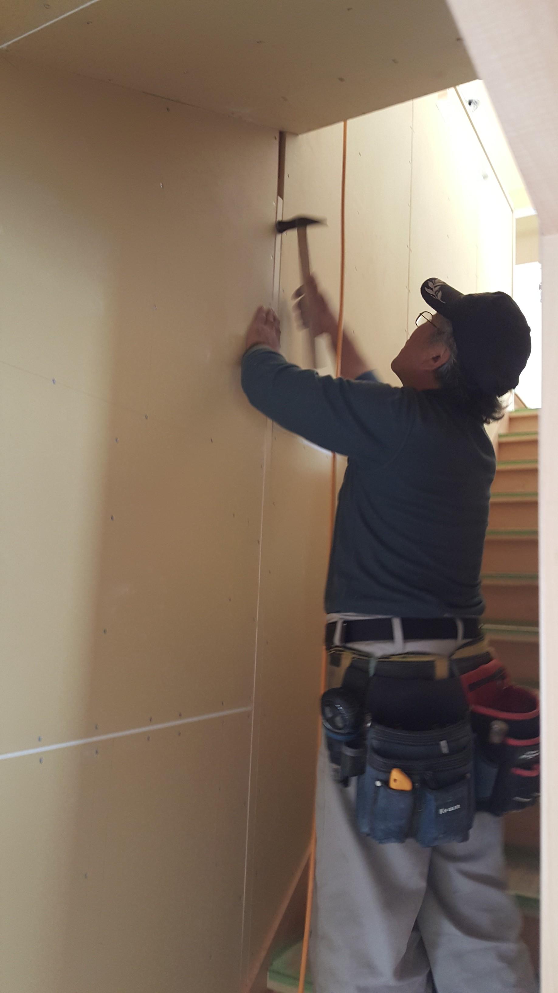 西条市で注文住宅を建てている大工さん