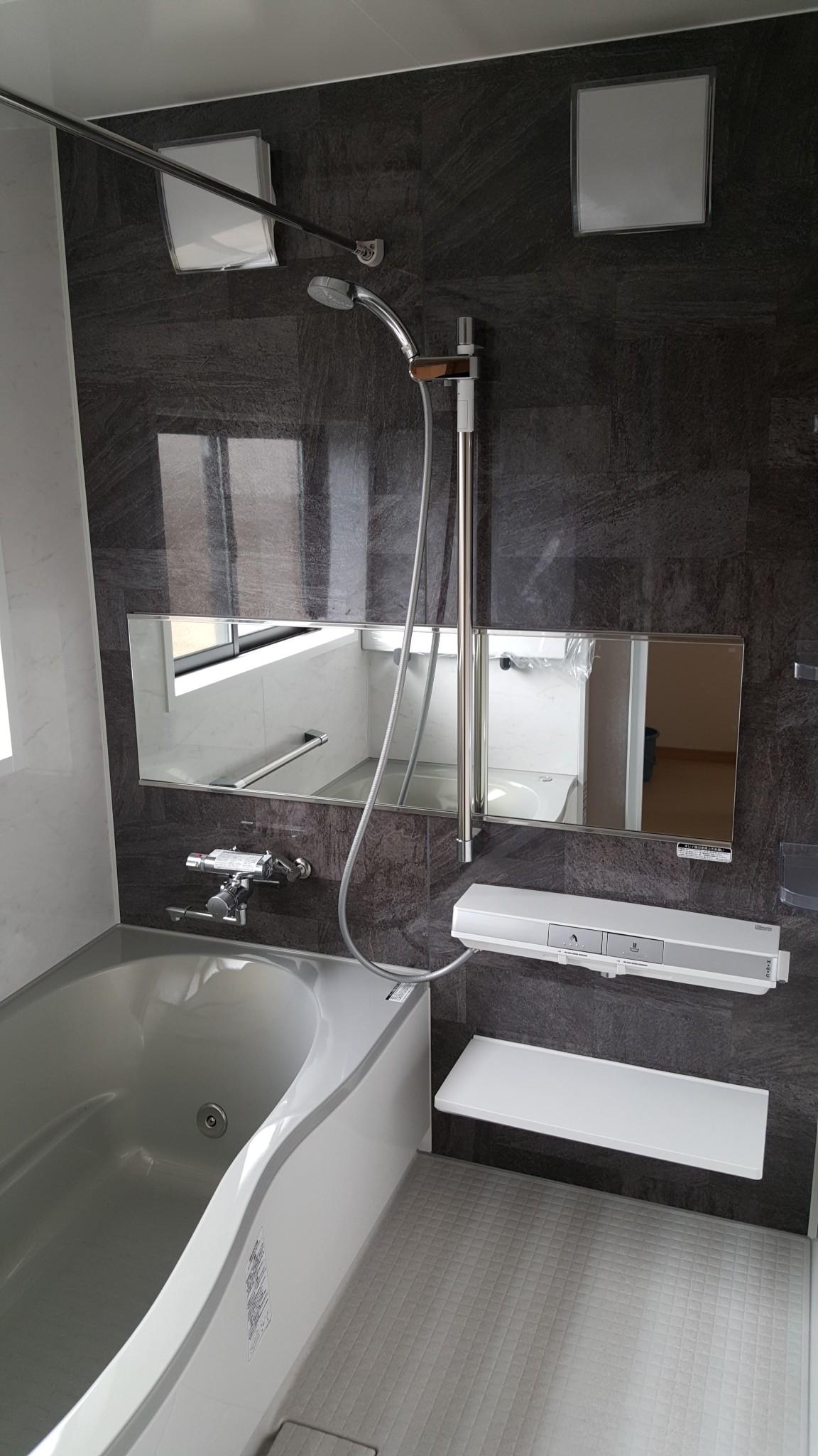 新居浜市でローコスト住宅の風呂写真