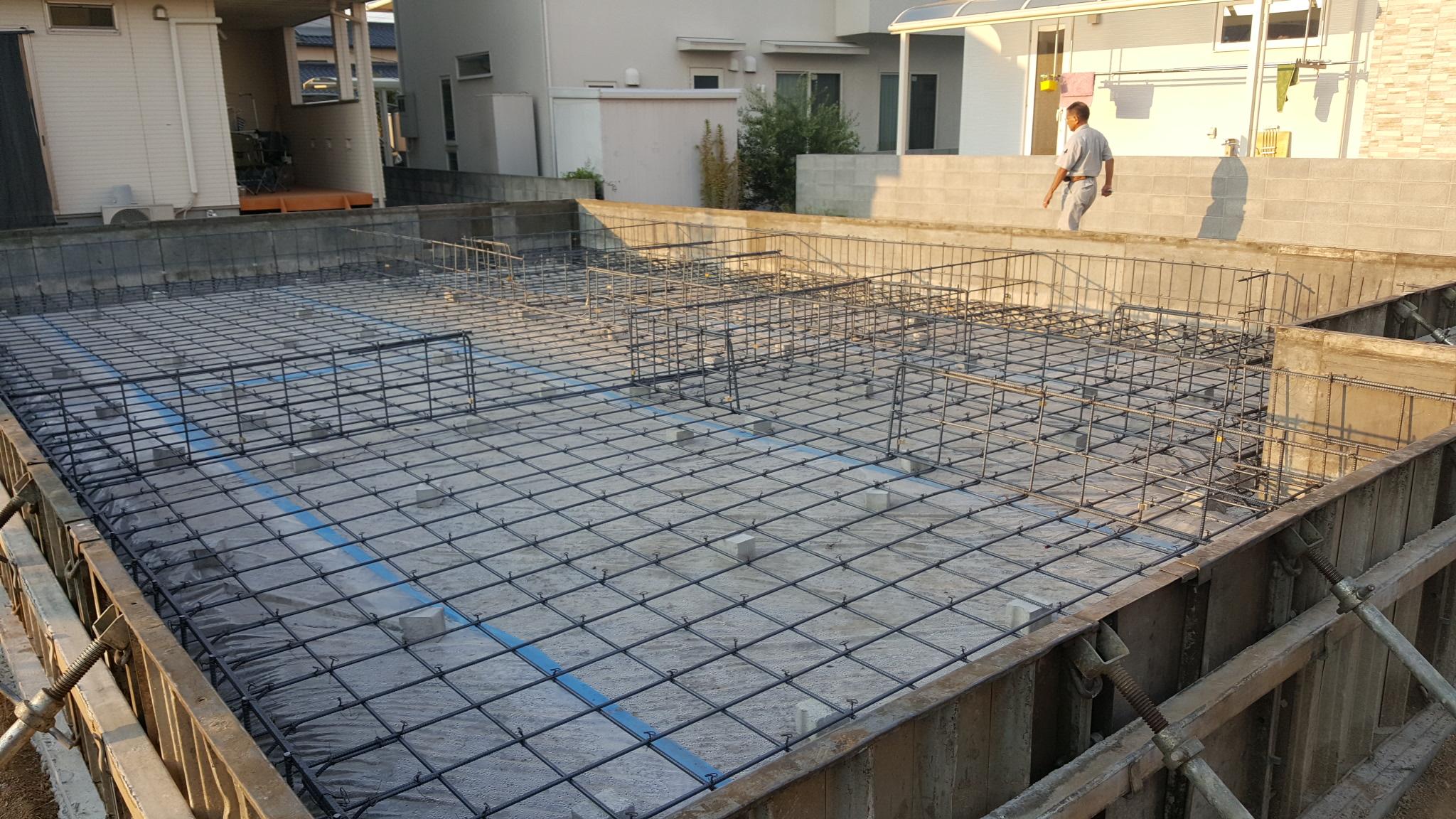新居浜市で建て替えの現場写真