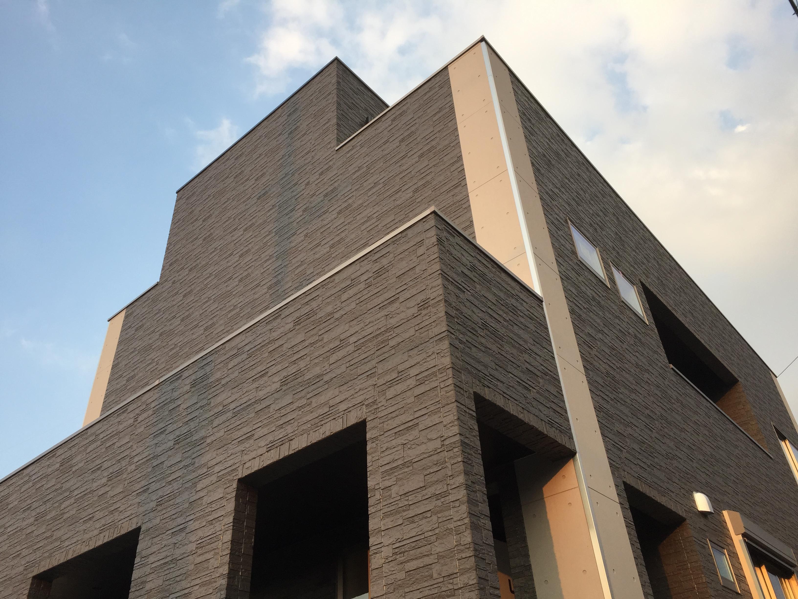 四国中央市で高級住宅の壁写真