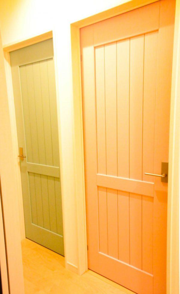 新居浜市でデザイン住宅のドア写真