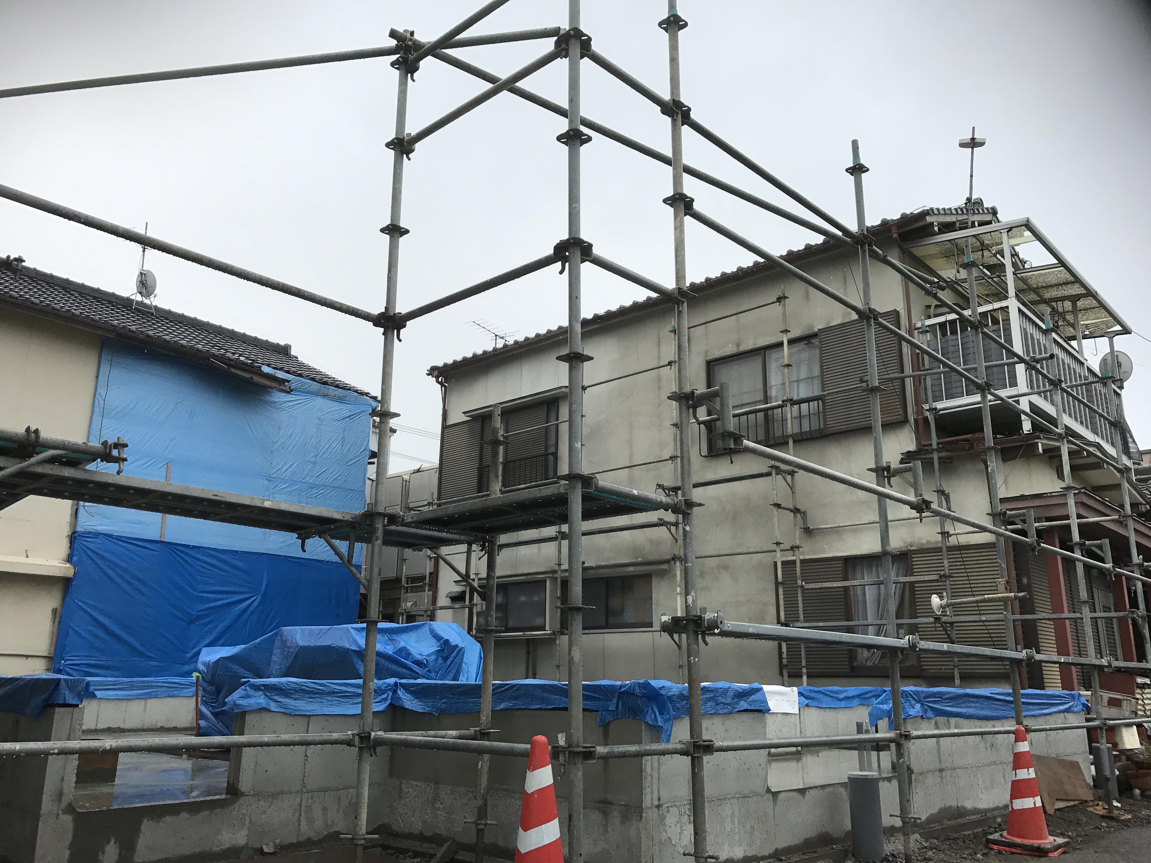 西条市で住宅が建つ現場写真