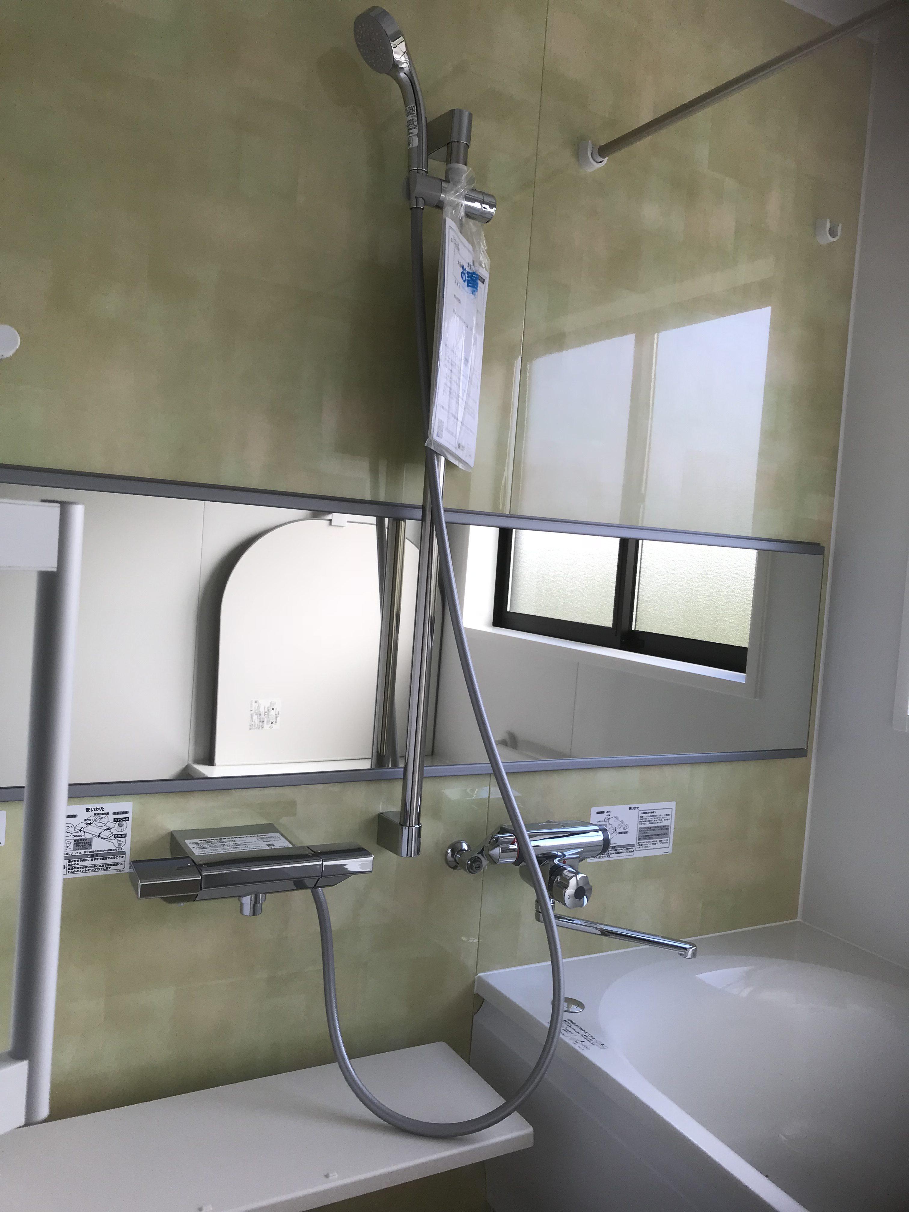 四国中央市で二階建ての家の浴室写真