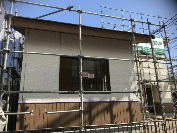 西条市で平屋の家の窓写真