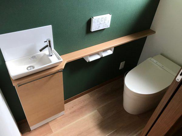 西条市で耐震等級のトイレ写真