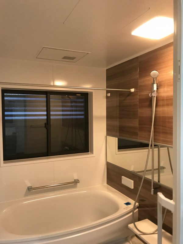 西条市で家づくり浴室写真