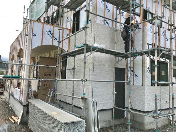 四国中央市で外壁リフォームの現場写真