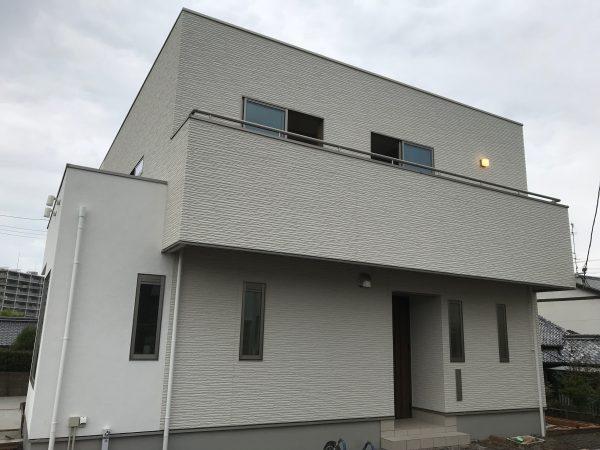 新居浜市で新築住宅の家全体写真