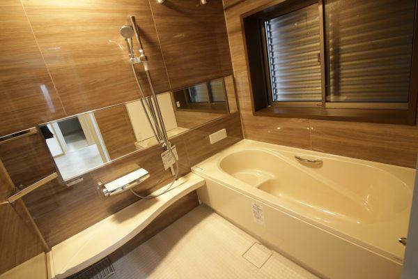新居浜市で家づくりの浴室写真