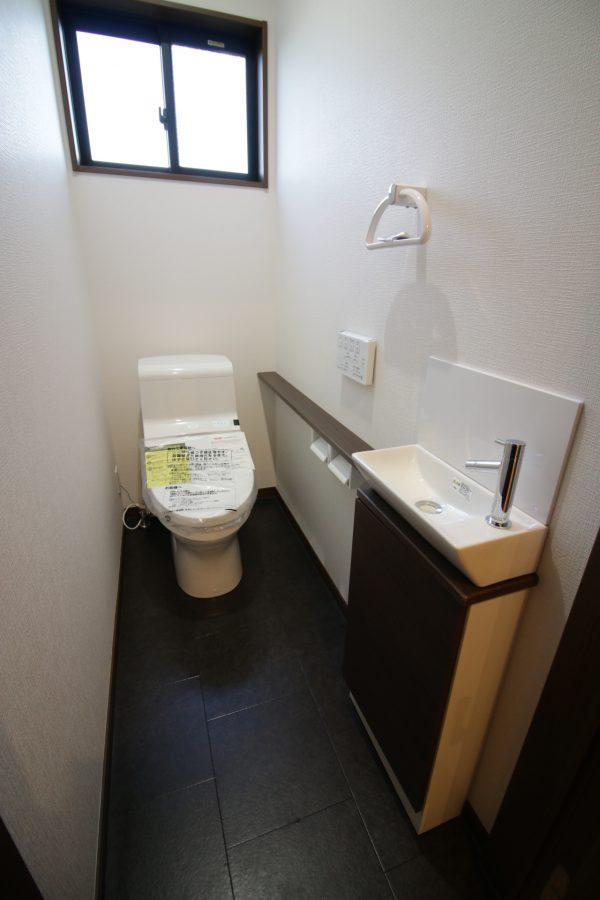 新居浜市で家づくりのトイレ写真