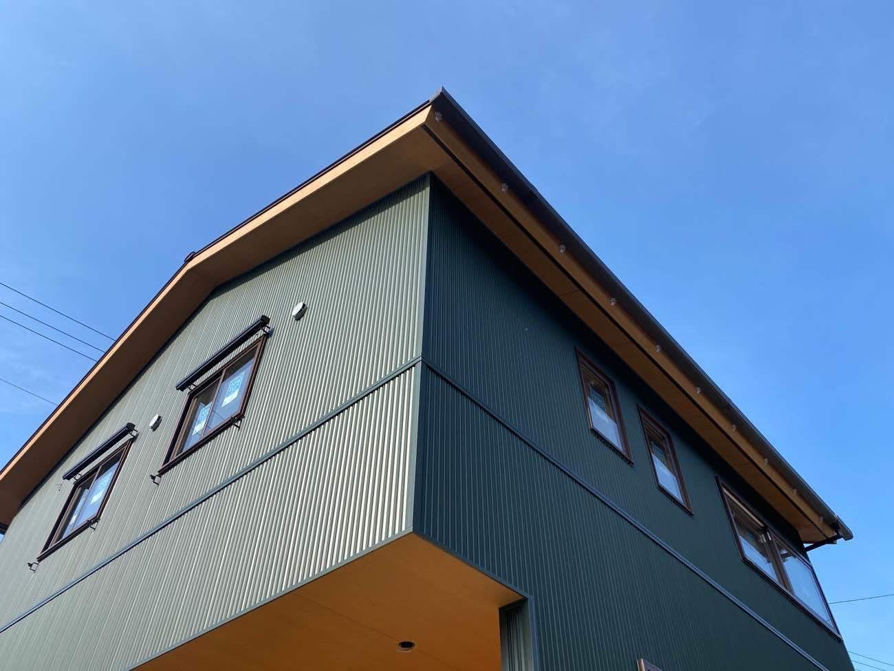 【イベント終了】(初公開)杉板×緑ガルバのお家♪